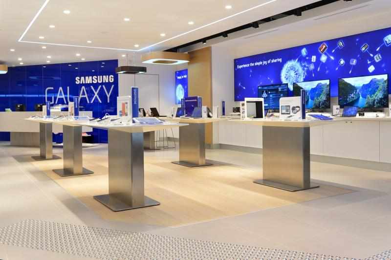 В каталоге интернет магазина Samsung Mobile Shop